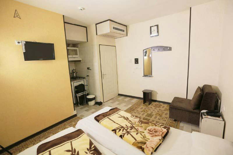 هتل آپارتمان مهرگان مشهد