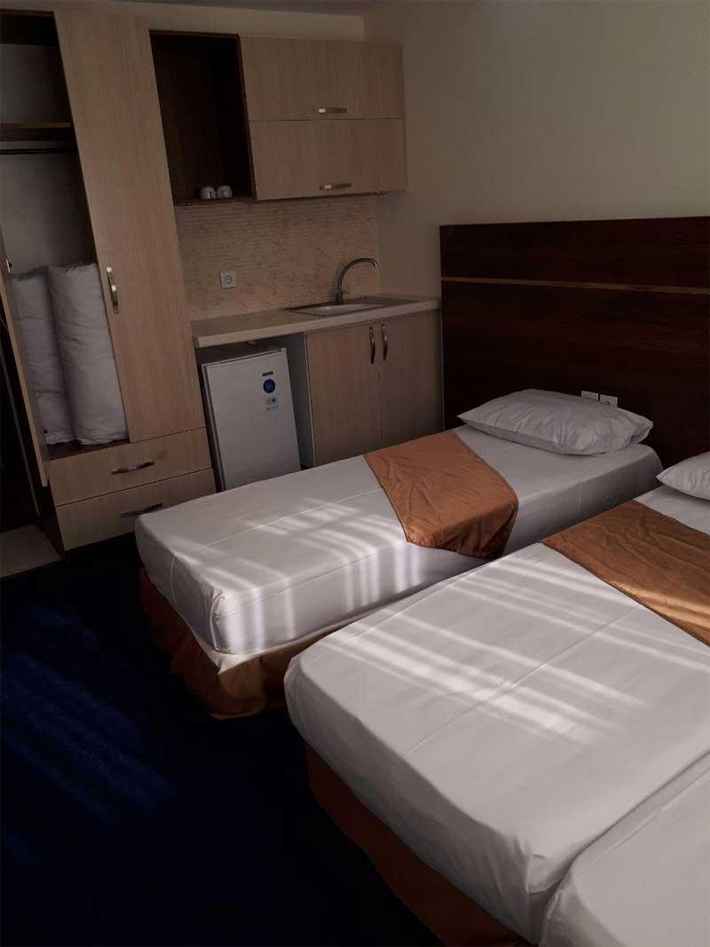 هتل آپارتمان پرنده سفید مشهد